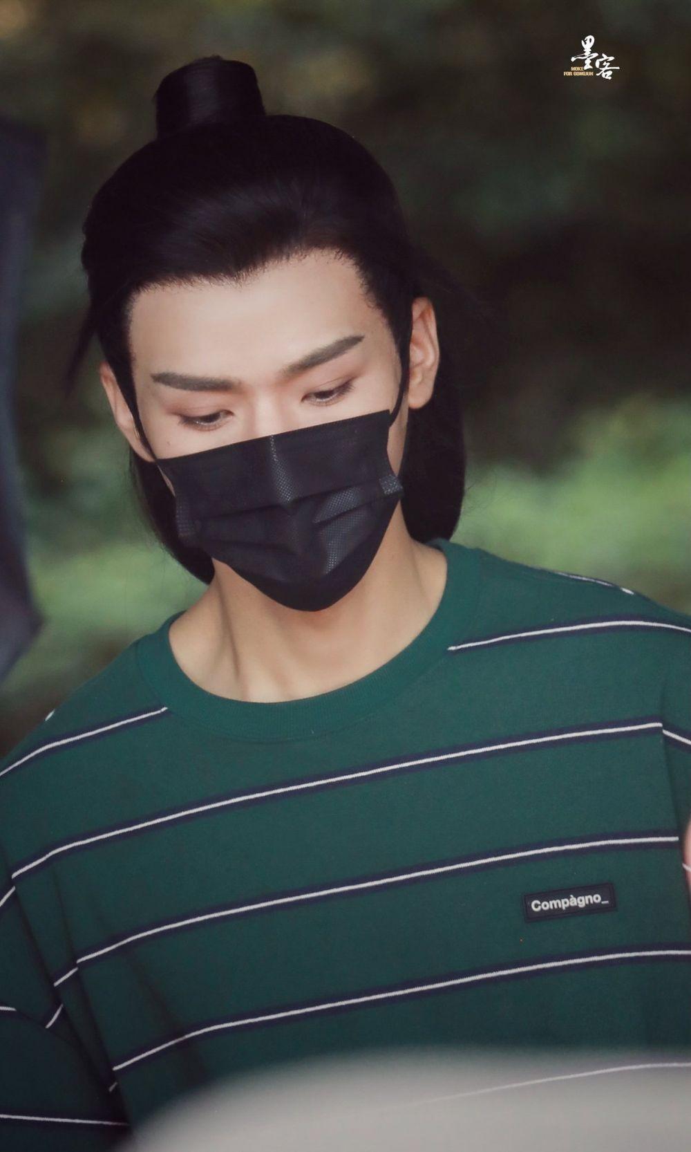 8 Potret Gong Jun Syuting Drama Legend of Anle, Tampil Menawan