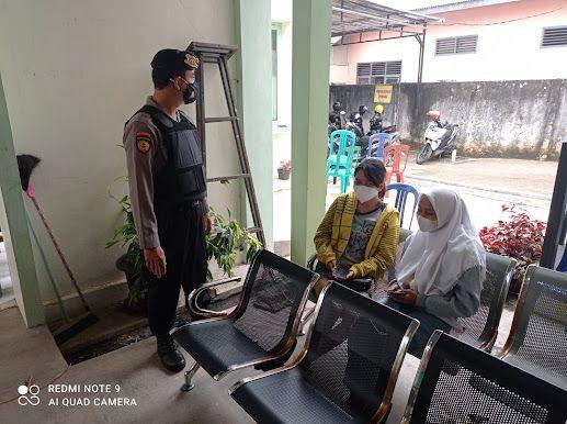 Cerita Polisi di Kota Metro Patroli Jalan Kaki, Blusukan Temui Warga