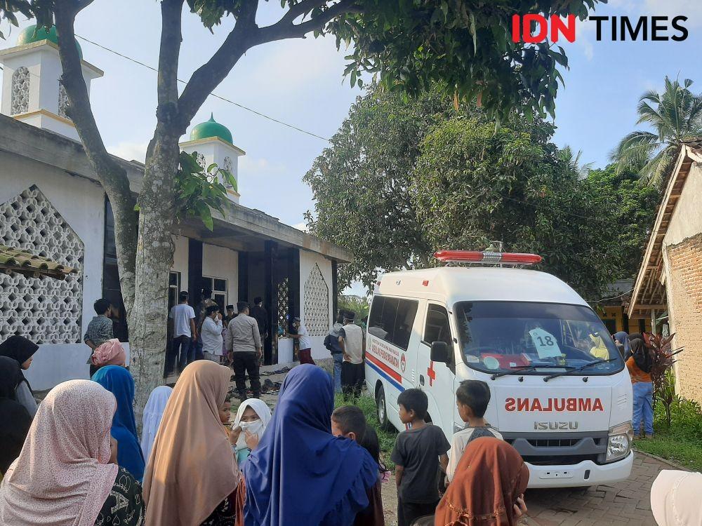 Isak Tangis di Kedatangan Jenazah Korban Kebakaran Lapas Tangerang