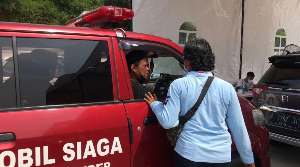 Cerita Ketua RW di Bogor Antar Warga Vaksinasi, Terbaik Nih!