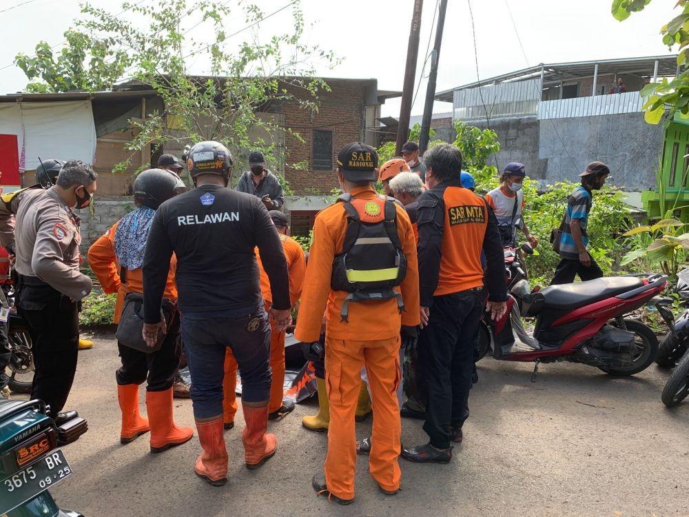 Asyik Hujan-hujanan, Vino Hanyut di Selokan, Ditemukan di Sungai Buntung Semarang